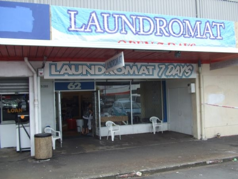 The Clean Machine Laundromat